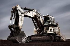 挖掘机铲斗有限元计算和强度分析